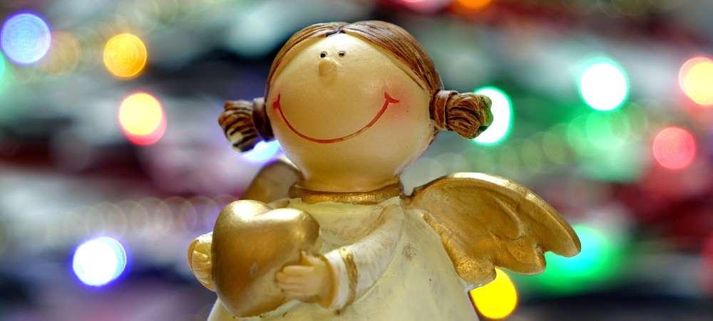 fundraising-ideas-holiday-ornaments