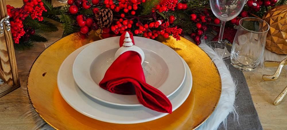 fundraising-ideas-holiday-dinner